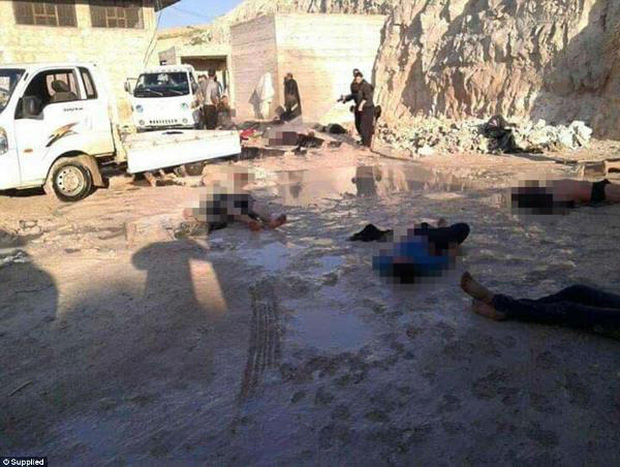 Hình ảnh đau lòng về những đứa trẻ là nạn nhân trong cuộc chiến hóa học tại Syria - Ảnh 2.