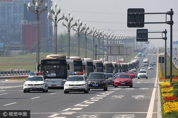Trung Quốc nóng hừng hực trong mùa Gaokao - một trong những kỳ thi khốc liệt nhất thế giới - Ảnh 7.