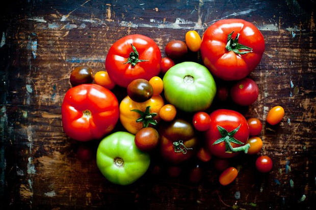 8 lý do chuyên gia sức khỏe khuyên chúng ta nên ăn cà chua mỗi ngày - Ảnh 1.