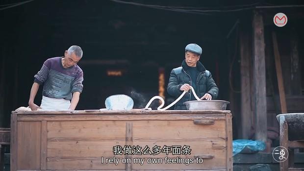 Bí kíp làm nên món mì 300 năm tuổi ở Trung Quốc khiến nhiều người như được mở mang tầm nhìn - Ảnh 1.
