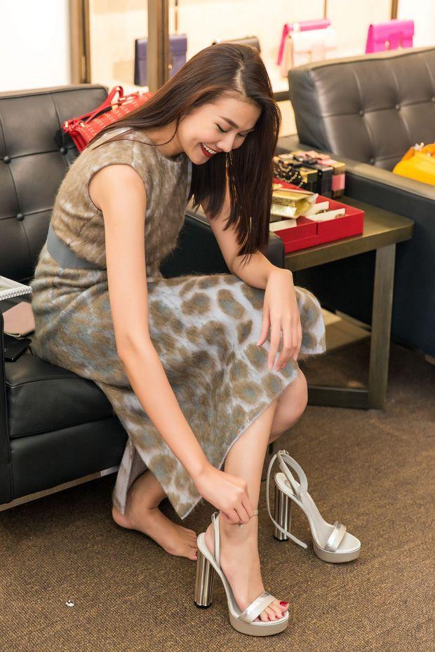 Thanh Hằng tất bật chuẩn bị để xuất hiện trên hàng ghế đầu show thời trang tại Milan Fashion Week - Ảnh 7.