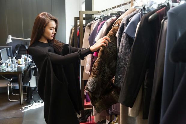 Thanh Hằng tất bật chuẩn bị để xuất hiện trên hàng ghế đầu show thời trang tại Milan Fashion Week - Ảnh 2.