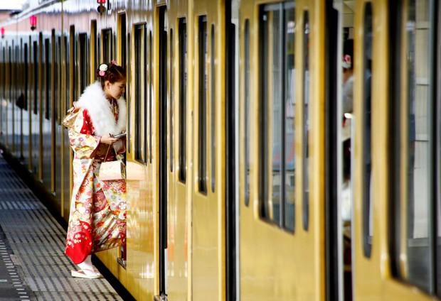 Các cô gái Nhật Bản xinh đẹp trong lễ trưởng thành - Ảnh 20.