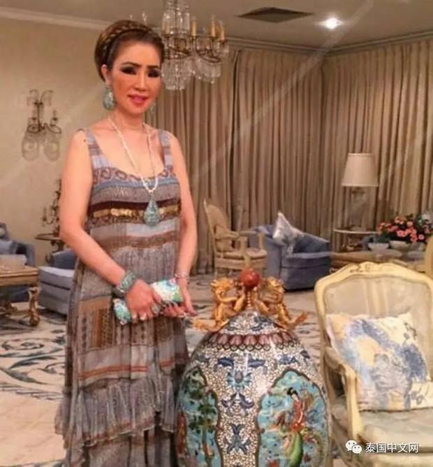 Cô bé Lọ Lem phiên bản già: 60 tuổi vẫn kiếm được chồng đại gia Dubai giàu nứt đố đổ vách - Ảnh 6.