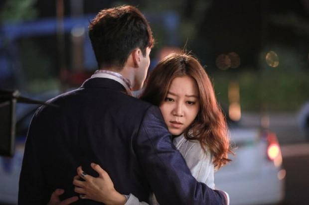"""Ai cũng xin quỳ trước 10 chị đại có """"siêu năng lực"""" bá chủ phim Hàn - Ảnh 10."""