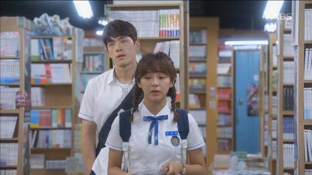 """""""School 2017"""": Liệu có phải con trai nào cũng có khuôn mặt """"dại gái"""" như thế này khi nhìn thấy gái xinh Se Jeong? - Ảnh 8."""
