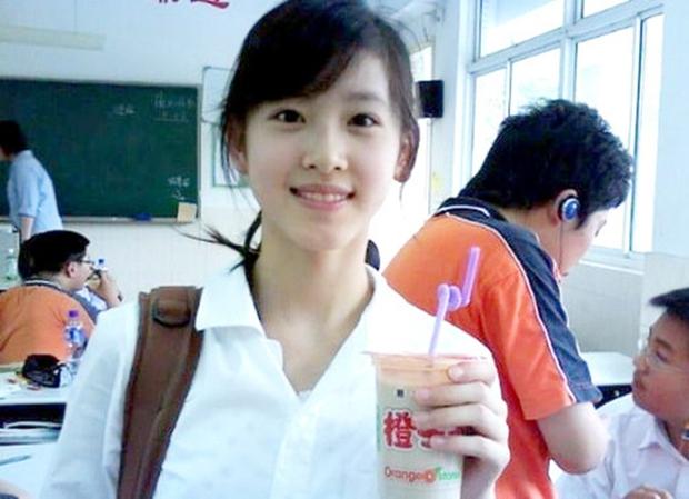 Sau khi kết hôn, cô bé trà sữa trở thành nữ tỷ phú trẻ tuổi nhất Trung Quốc - Ảnh 2.