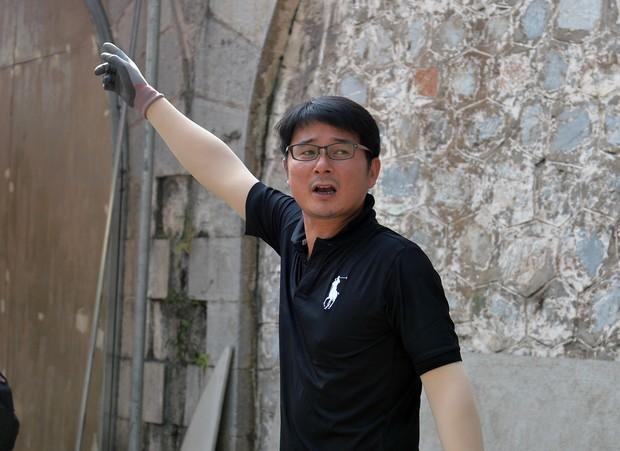 Hà Nội: Những bức bích họa đầu tiên được khai bút trên phố Phùng Hưng - Ảnh 10.