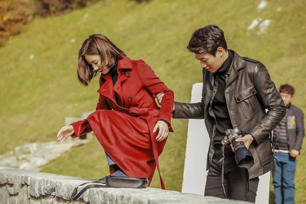4 lí do khiến Hắc Kỵ Sĩ là phim Hàn hiếm hoi tăng mạnh rating dù mới lên sóng - Ảnh 8.