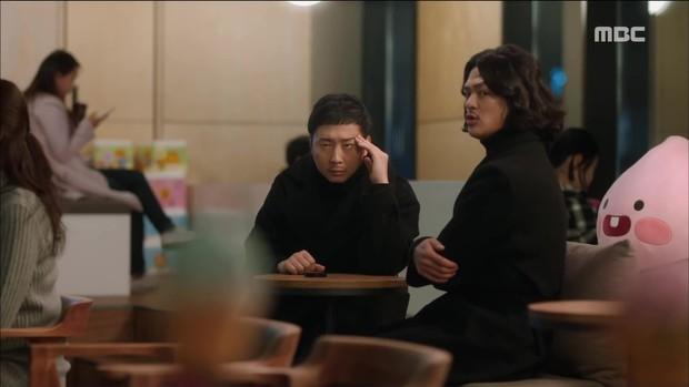 Mặc thân phận sắp bị lộ, robot chủ động cướp nụ hôn đầu của Yoo Seung Ho - Ảnh 12.
