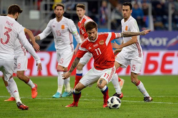Tây Ban Nha hòa chủ nhà World Cup 2018 dù được hưởng hai quả phạt đền - Ảnh 8.