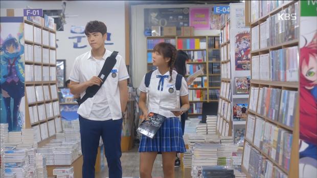 """""""School 2017"""": Liệu có phải con trai nào cũng có khuôn mặt """"dại gái"""" như thế này khi nhìn thấy gái xinh Se Jeong? - Ảnh 7."""