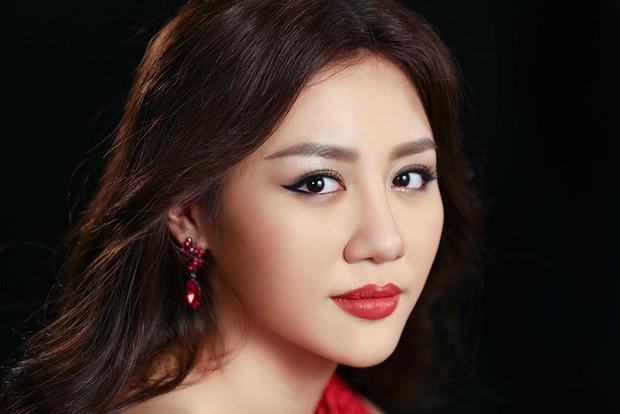 """Văn Mai Hương nói về hình ảnh sau phát ngôn đá thẳng Chi Pu: """"Tôi thấy không xấu đi, tôi không làm gì sai cả"""" - Ảnh 3."""