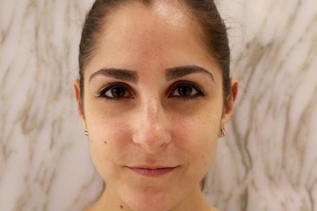 Cô nàng này đã thử dịch vụ lột xác lông mày của 2 hãng mỹ phẩm nổi tiếng và phải ố á với kết quả - Ảnh 11.