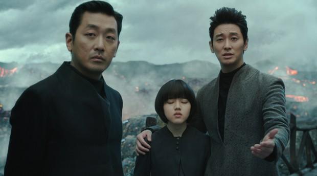 """Kể chuyện cõi âm đầy kỳ thú, """"Thử Thách Thần Chết"""" đáng là bom tấn chốt năm 2017 của điện ảnh Hàn - Ảnh 8."""