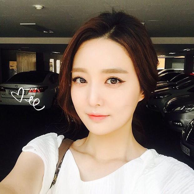 Xôn xao vì vợ diễn viên Vì sao đưa anh tới vừa quá đẹp vừa giống Lee Young Ae - Ảnh 8.