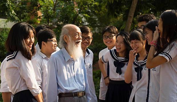 Học sinh trường Lương Thế Vinh: Thầy Văn Như Cương là ông tiên tóc bạc! - Ảnh 6.