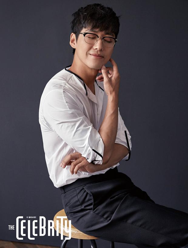 Nam Goong Min: Từ cử nhân kĩ sư cơ khí tới ngôi sao nở muộn của Sếp Kim - Ảnh 13.