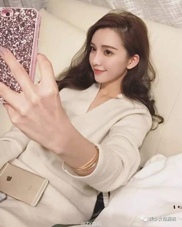 Hành trình lột xác từ cô nàng bình dân thành hot girl bán hàng online của bạn gái đại thiếu gia Thượng Hải - Ảnh 13.