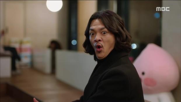 Mặc thân phận sắp bị lộ, robot chủ động cướp nụ hôn đầu của Yoo Seung Ho - Ảnh 14.
