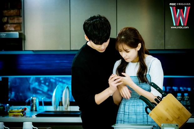 Valentine nếu chẳng đi đâu, ở nhà xem 10 phim Hàn này cũng đáng lắm! - Ảnh 22.
