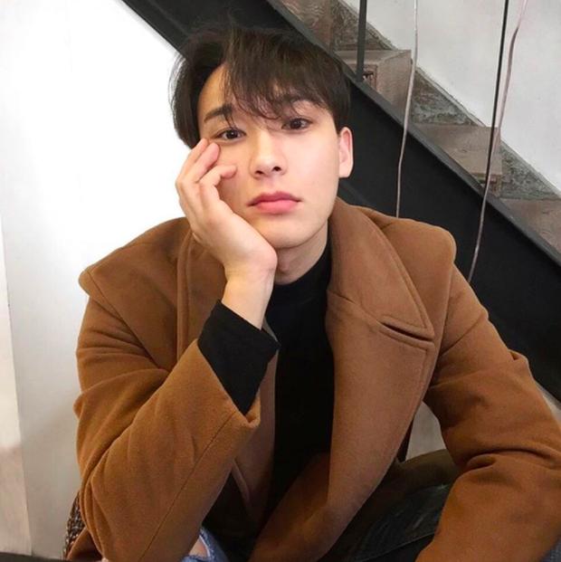 3 từ chính xác nhất để mô tả về chàng trai Hàn Quốc này? Rất đẹp trai! - Ảnh 1.