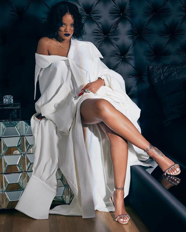 Sau Rihanna, đến lượt Katy Perry diện thiết kế của Công Trí và diện hẳn 3 bộ! - Ảnh 10.