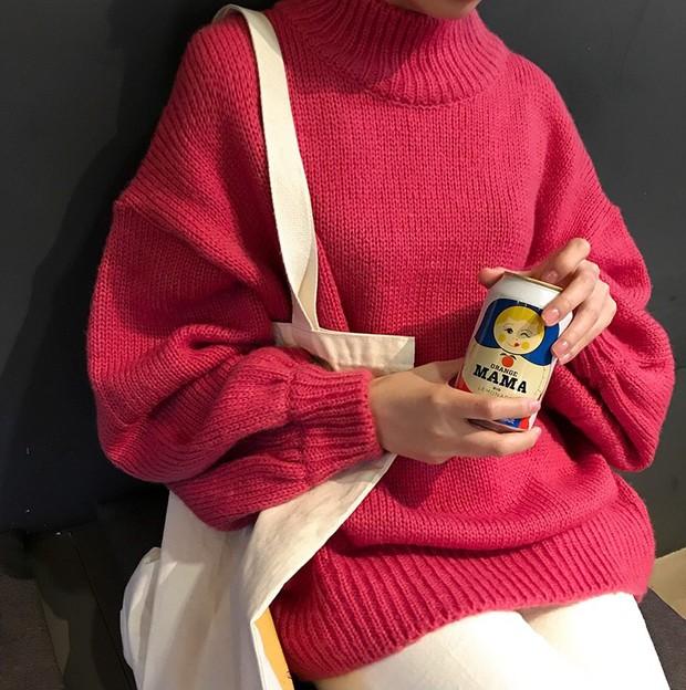 Áo len màu mè dễ thành hot trend, hội mê ăn diện lại có cớ để sắm thêm đồ cho đông này - Ảnh 13.