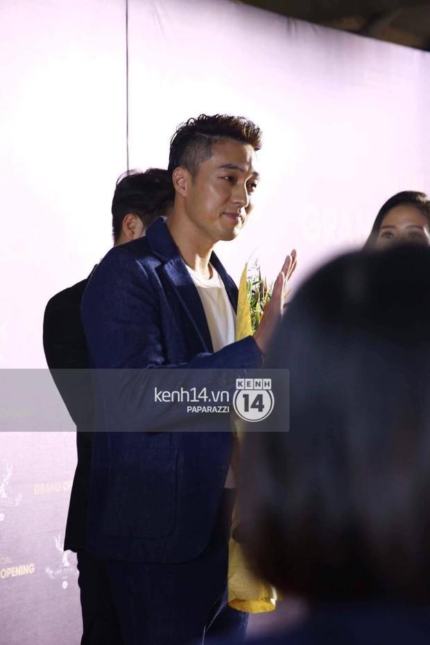 So Ji Sub xuất hiện cực bảnh trai, sánh đôi với Diệp Lâm Anh tại sự kiện - Ảnh 6.
