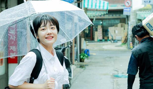 Cô bạn Hàn Quốc với nụ cười má lúm làm xiêu lòng mọi chàng trai - Ảnh 4.