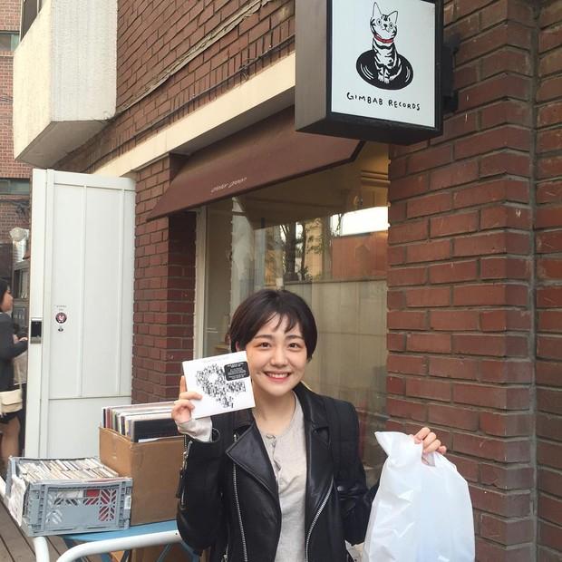 Cô bạn Hàn Quốc với nụ cười má lúm làm xiêu lòng mọi chàng trai - Ảnh 6.