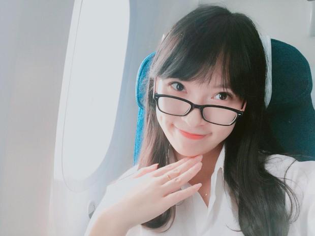Chưa tròn 18 tuổi, cô nàng bắn 7 thứ tiếng Khánh Vy đã trở thành MC dẫn bản tin thời sự quốc tế - Ảnh 6.