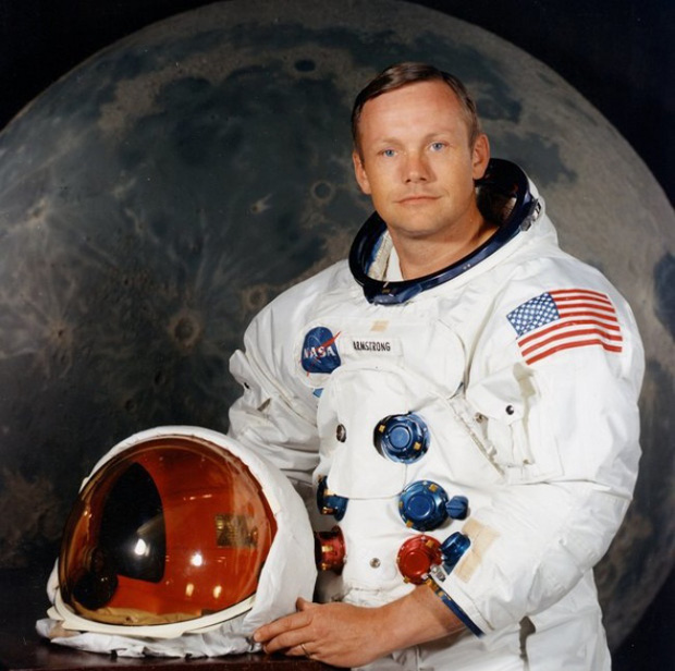 Chắc là bạn chưa biết: Bộ đồ du hành vũ trụ của Neil Armstrong được chế tạo ở... xưởng sản xuất đồ lót phụ nữ - Ảnh 4.