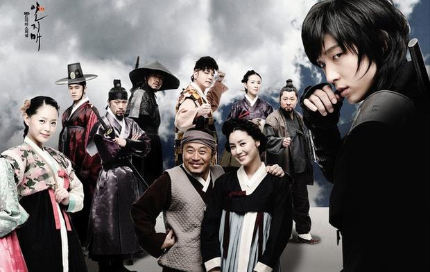 16 phim Hàn đặc sắc dính líu tới những bộ manhwa nổi tiếng - Ảnh 10.