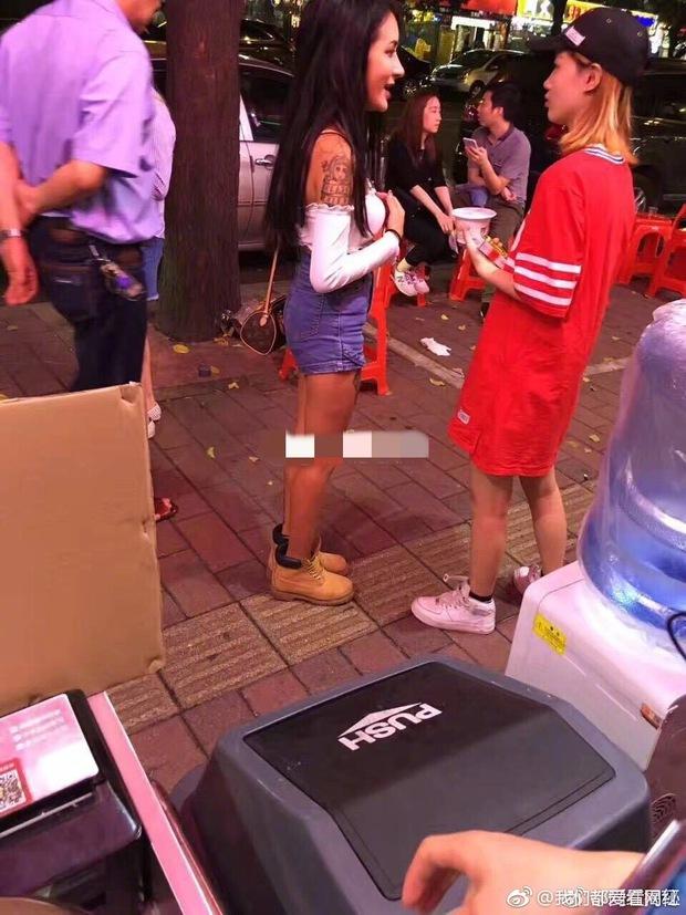 Biết ảnh là ảo rồi, nhưng nhan sắc thật của các hot girl mạng xã hội Trung Quốc vẫn khiến cho nhiều người phải ngã ngửa - Ảnh 16.