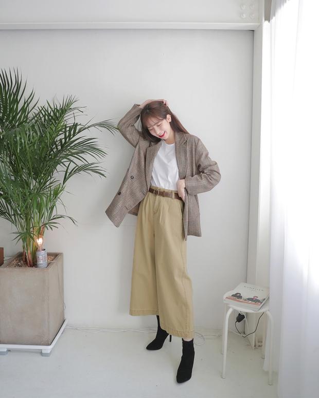 Blazer kẻ caro: Dự là sẽ hot hơn cả cardigan, denim jacket vì fashionista nào cũng đang sở hữu 1 cái - Ảnh 15.