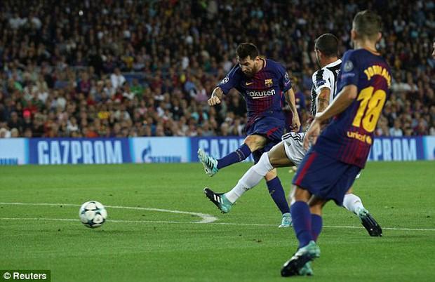 Cuối cùng Messi đã phá lưới Buffon, thuần phục bầy ngựa vằn Juventus - Ảnh 4.