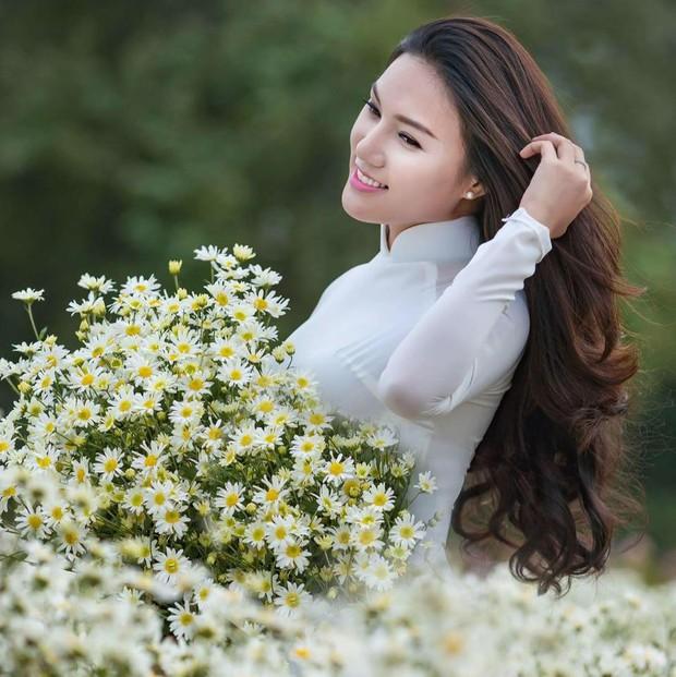 Cô gái xinh đẹp cao 1m70, từng đi thi Hoa hậu Việt Nam tình nguyện nhập ngũ - Ảnh 8.