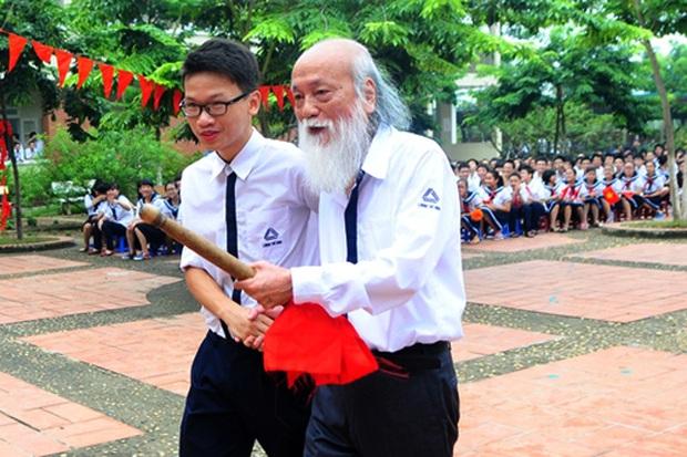 Thầy Văn Như Cương đã qua đời, nhưng những kỷ niệm đẹp sẽ ở lại mãi với mỗi cựu học sinh trường Lương Thế Vinh - Ảnh 2.