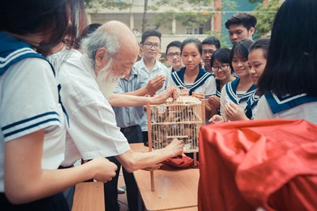 Thầy Văn Như Cương đã qua đời, nhưng những kỷ niệm đẹp sẽ ở lại mãi với mỗi cựu học sinh trường Lương Thế Vinh - Ảnh 4.