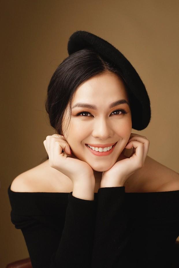 Ái nữ sinh năm 1995 xinh đẹp, thông thạo 4 ngoại ngữ của nữ hoàng ảnh lịch Diễm My - Ảnh 4.