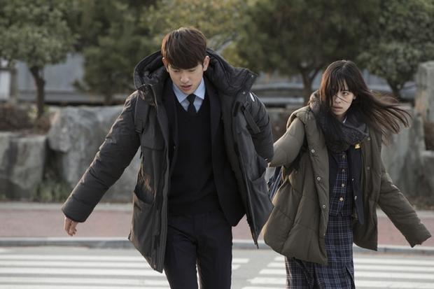 Điện ảnh Hàn tháng 3: Tìm xem 10 phim đậm tính nghệ thuật này nhé! - Ảnh 24.
