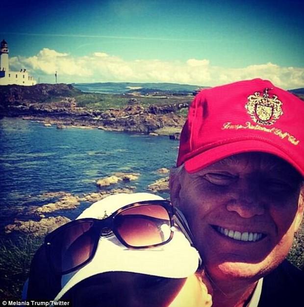 Trước khi trở thành Đệ nhất phu nhân Mỹ, đây là những gì mà bà Melania Trump chia sẻ trên Twitter cá nhân - Ảnh 16.