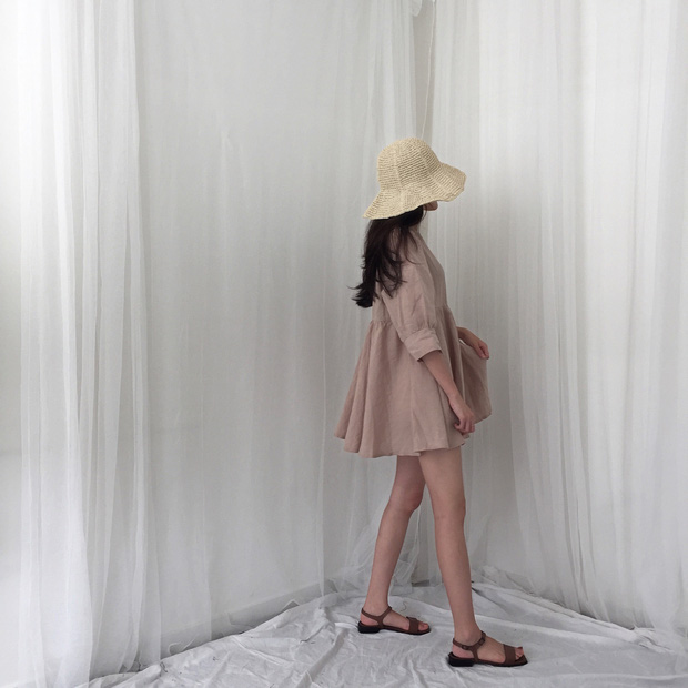 Từng bị chê già nua, nay vải thô đũi lại sốt sình sịch nhờ hàng loạt món đồ hot trend xinh xẻo - Ảnh 11.