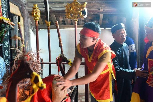 Lễ hội cướp phết ở Vĩnh Phúc năm nay không còn cảnh tranh cướp - Ảnh 2.