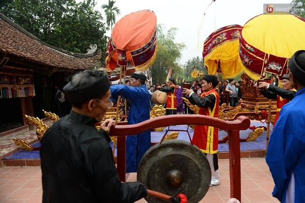 Lễ hội cướp phết ở Vĩnh Phúc năm nay không còn cảnh tranh cướp - Ảnh 7.