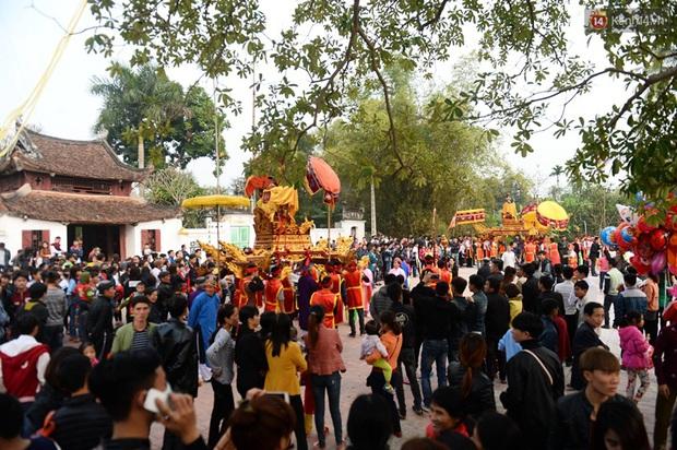 Lễ hội cướp phết ở Vĩnh Phúc năm nay không còn cảnh tranh cướp - Ảnh 9.