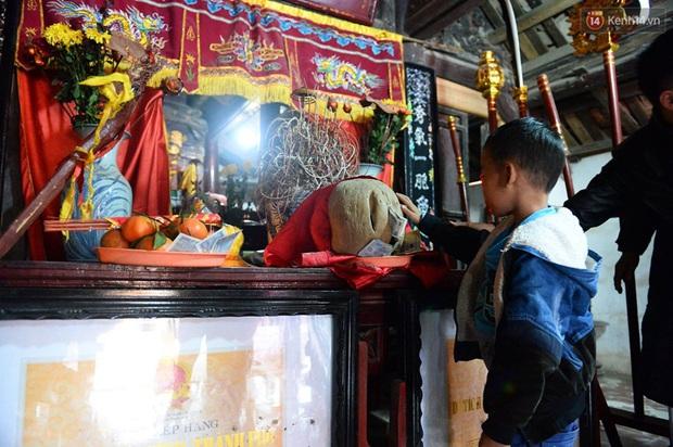 Lễ hội cướp phết ở Vĩnh Phúc năm nay không còn cảnh tranh cướp - Ảnh 3.