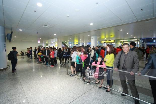Chuyến bay cuối cùng hạ cánh, fan tiếc nuối vì G-Dragon không đến Việt Nam như tin đồn - Ảnh 5.