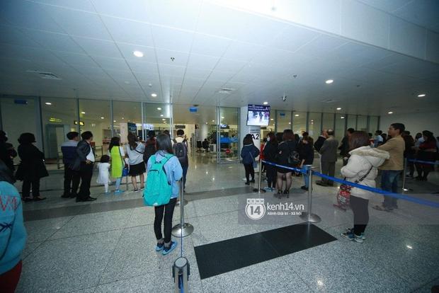 Chuyến bay cuối cùng hạ cánh, fan tiếc nuối vì G-Dragon không đến Việt Nam như tin đồn - Ảnh 6.